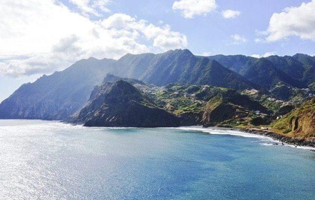 Praia de Maiata - Madeira Island Surf Spot